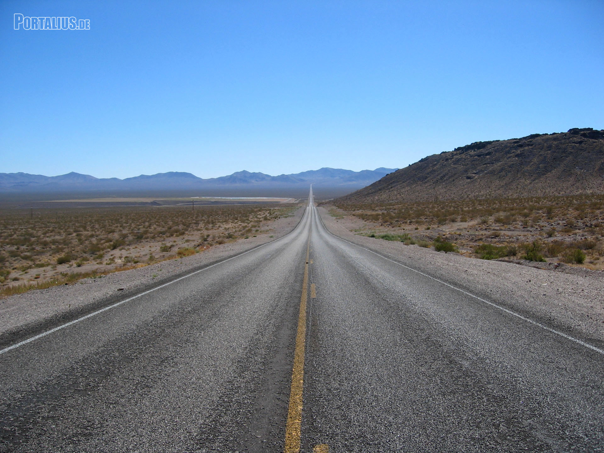 Death Valley National Park (5) - Way to